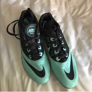 NIKE SHOES NWOT